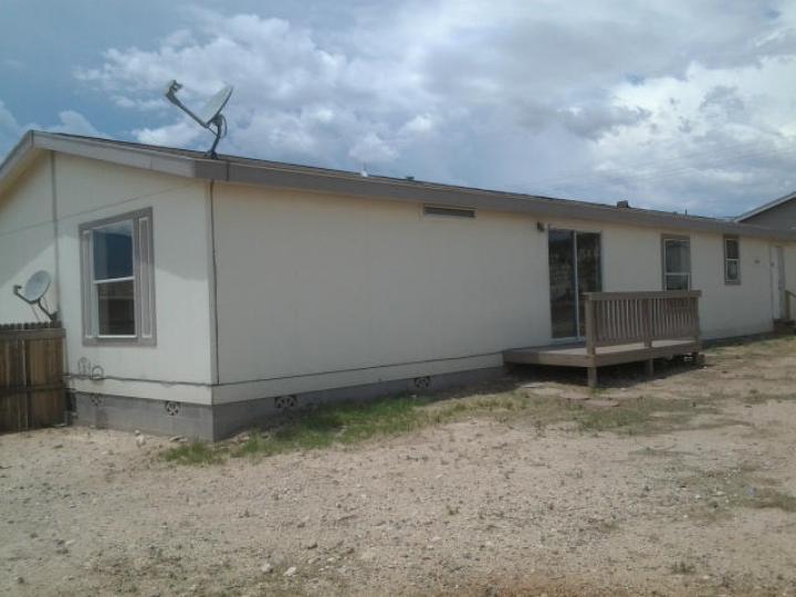Rental 1025 S Wagon Master Rd, Cottonwood, AZ, 86326. Photo 3 of 10
