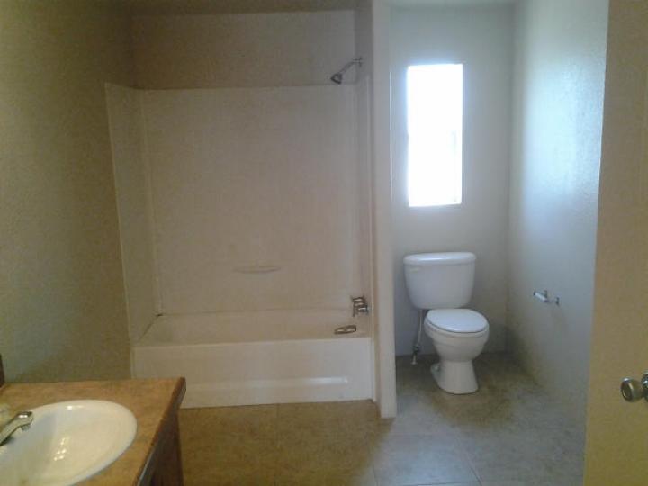 Rental 1025 S Wagon Master Rd, Cottonwood, AZ, 86326. Photo 9 of 10