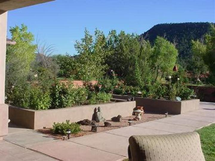 1030 Crown Ridge Rd Sedona AZ Home. Photo 11 of 16