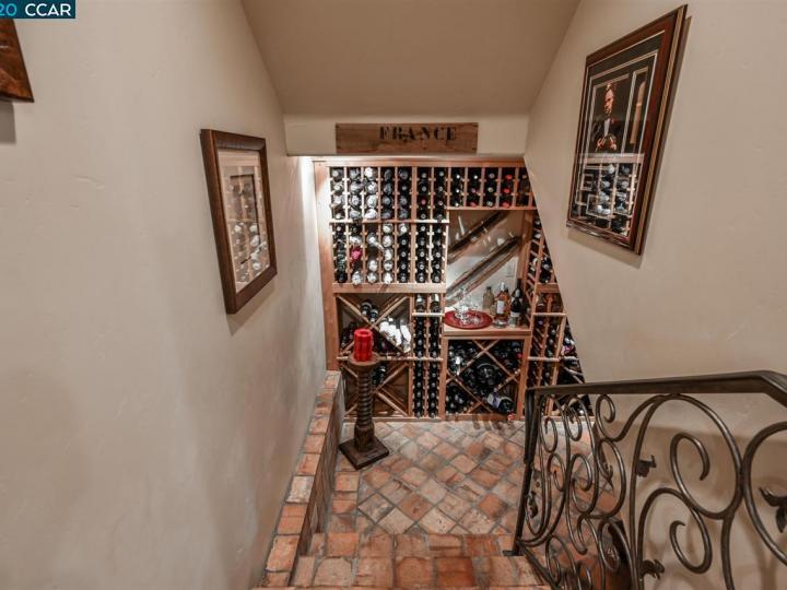 104 Muir Ln Alamo CA Home. Photo 17 of 40