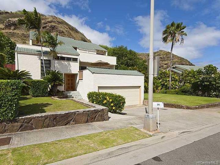 1048 Mokuhano St Honolulu HI Home. Photo 7 of 8