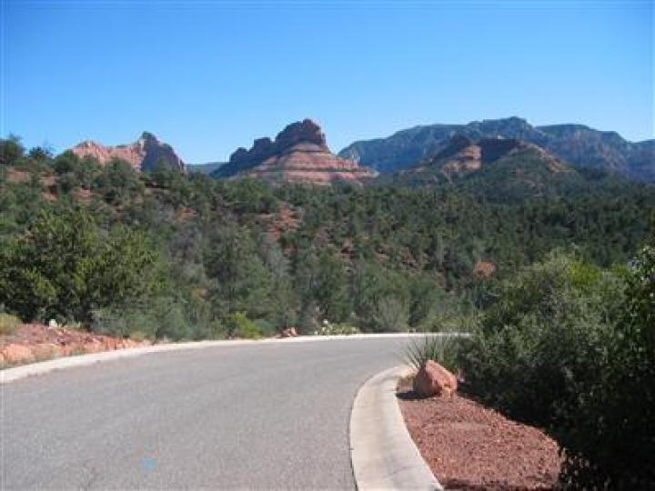 105 Munds Mountain Cir Sedona AZ. Photo 3 of 5