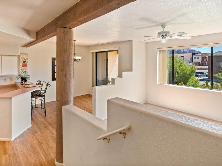 105 Sugarloaf St Sedona AZ Multi-family home. Photo 17 of 22