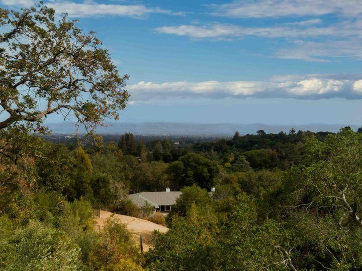 10551 Magdalena Rd Los Altos Hills CA Home. Photo 2 of 40