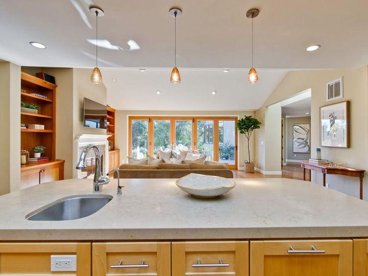 10551 Magdalena Rd Los Altos Hills CA Home. Photo 11 of 40