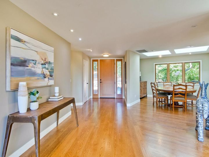 10551 Magdalena Rd Los Altos Hills CA Home. Photo 17 of 40