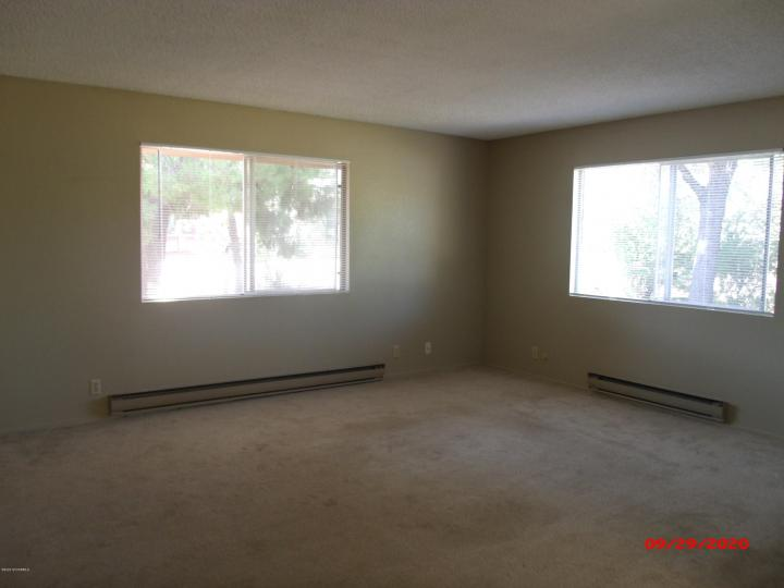 Rental 1100 Ridge Cir, Cottonwood, AZ, 86326. Photo 3 of 16