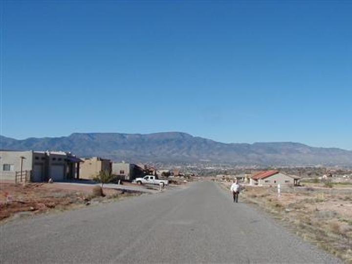 1122 S Verde Santa Fe Pkwy Cornville AZ Home. Photo 10 of 14
