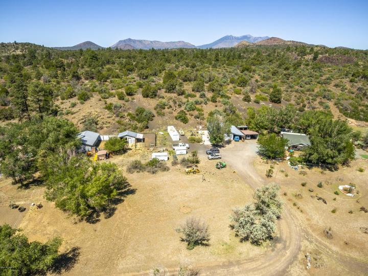 12020 E Wilkes Rd Flagstaff AZ Home. Photo 10 of 25