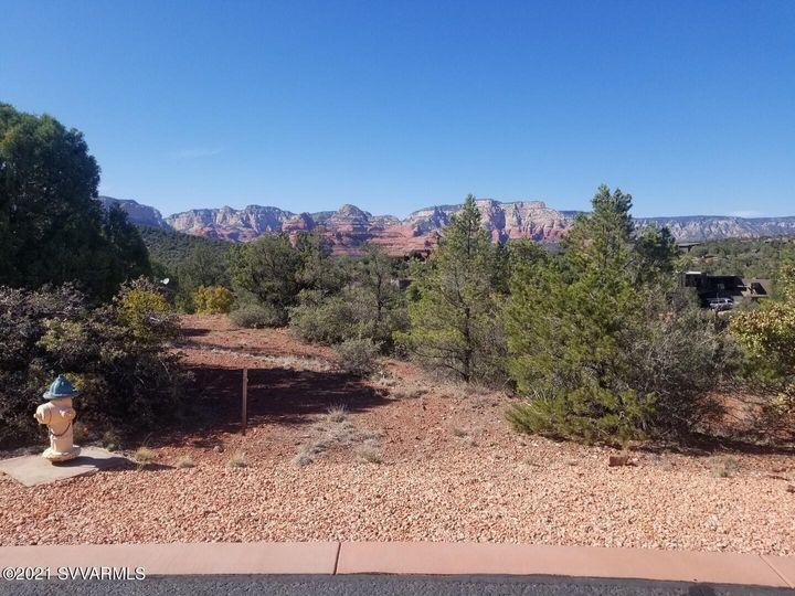 130 Desert Holly Dr Sedona AZ Home. Photo 4 of 10