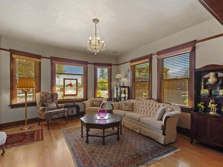 1320 Main St Clarkdale AZ Home. Photo 3 of 46