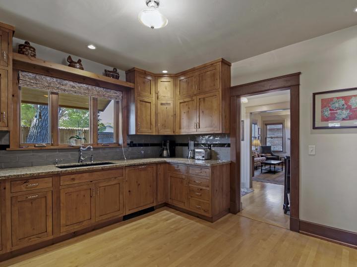 1320 Main St Clarkdale AZ Home. Photo 9 of 46