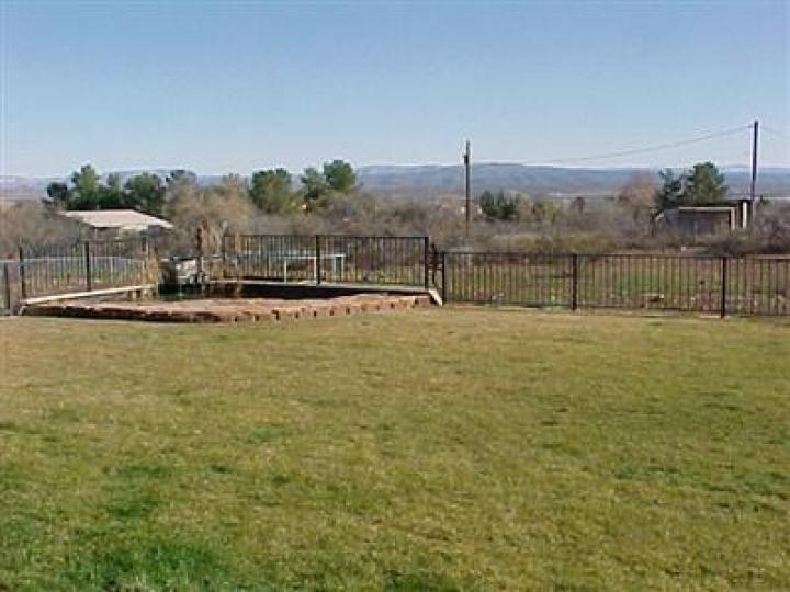 1351 S Rainbow Dr Cottonwood AZ Home. Photo 9 of 11