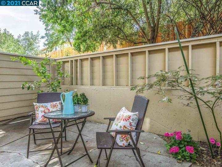 151 Vista Hermosa, Walnut Creek, CA, 94597 Townhouse. Photo 9 of 34