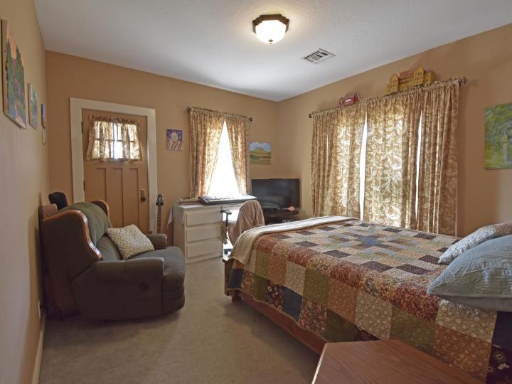 1514 Main St Clarkdale AZ Home. Photo 8 of 22