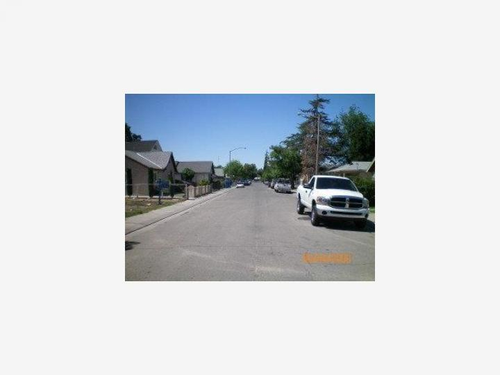 1542 Sunnyside Ave Stockton CA. Photo 3 of 3