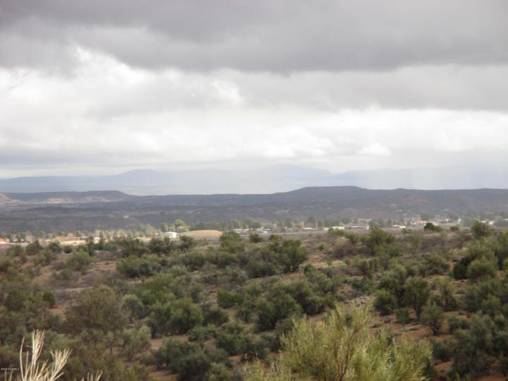 1585 E Diamondback Dr Cottonwood AZ Home. Photo 10 of 16