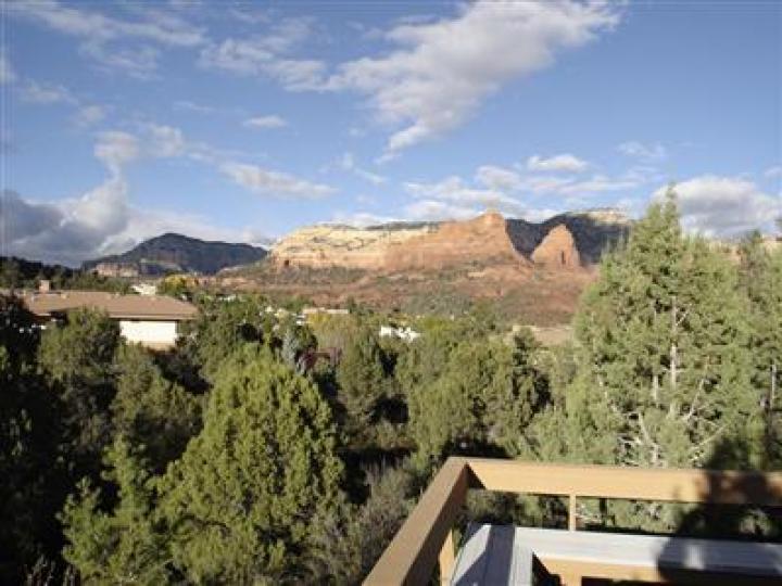 160 Shadow Rock Dr Sedona AZ Home. Photo 5 of 5