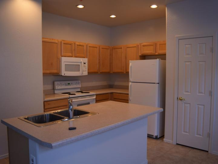 1671 Avenida Rio Verde, Cottonwood, AZ, 86326 Townhouse. Photo 11 of 18