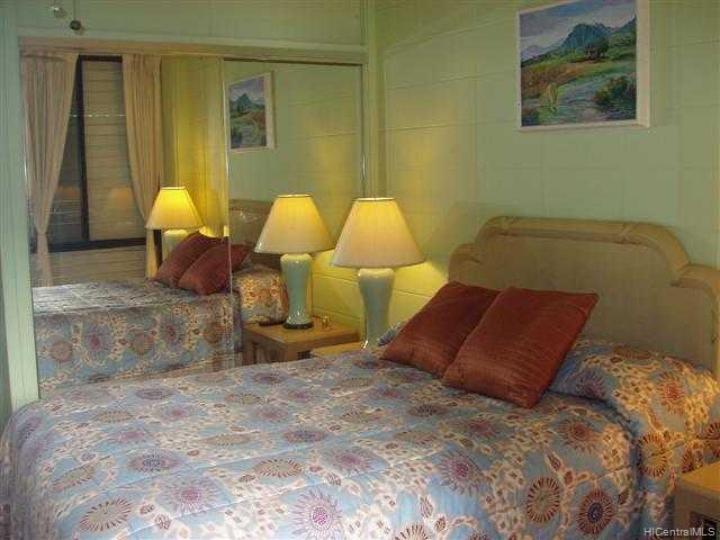 Tradewinds Hotel Inc condo #B/905. Photo 6 of 8