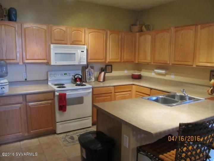 1748 E Parada Del Sol Cottonwood AZ Home. Photo 5 of 8