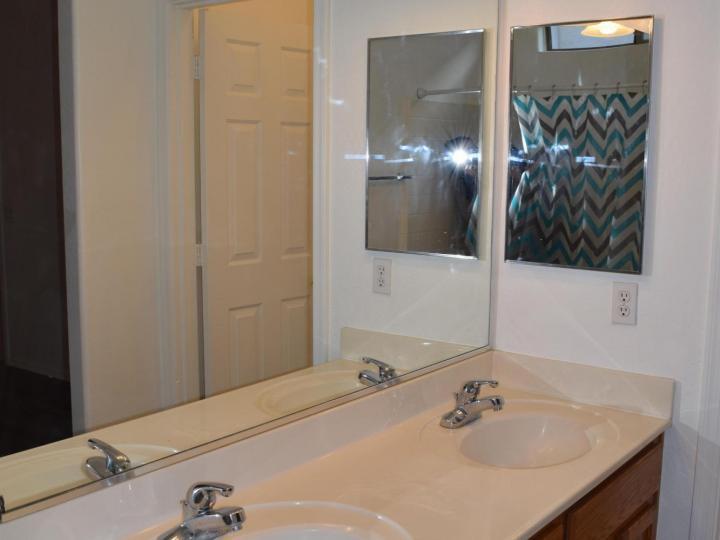 1765 Manzanita Dr, Cottonwood, AZ, 86326 Townhouse. Photo 12 of 16
