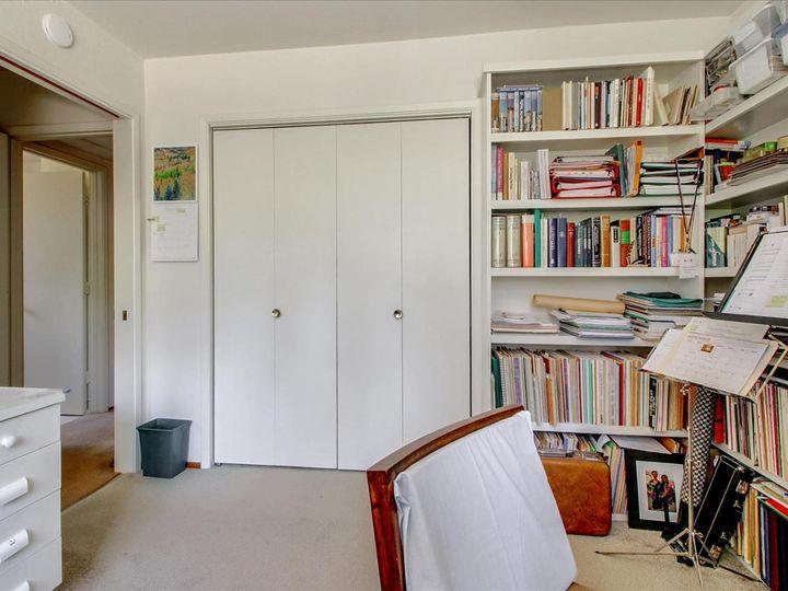 20250 Merrick Dr Saratoga CA Home. Photo 18 of 26