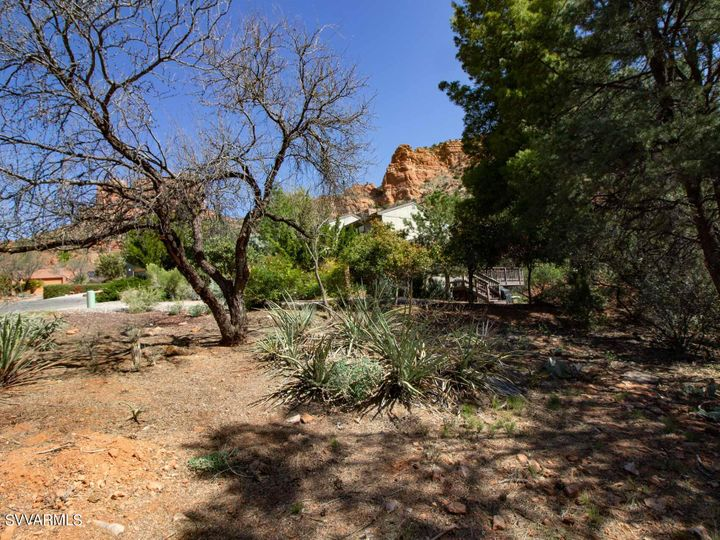 205 Devils Kitchen Dr Sedona AZ Home. Photo 11 of 11