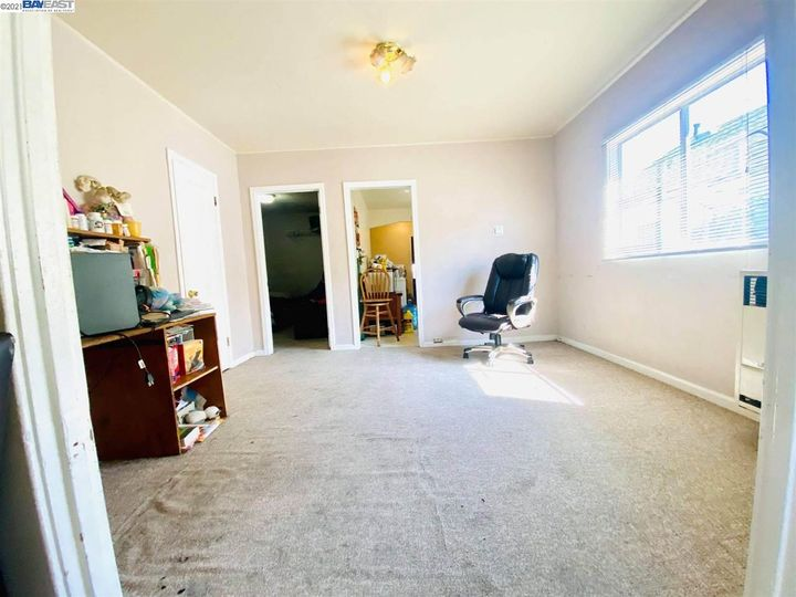 2056 40th Ave Oakland CA Home. Photo 12 of 19