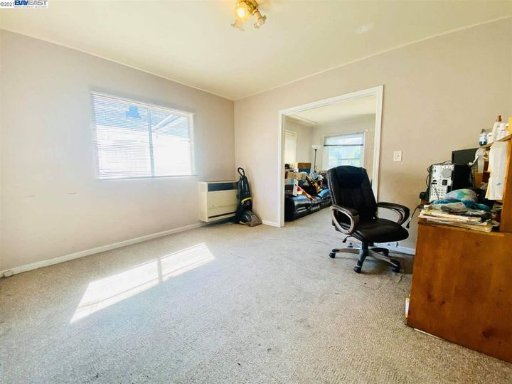 2056 40th Ave Oakland CA Home. Photo 13 of 19