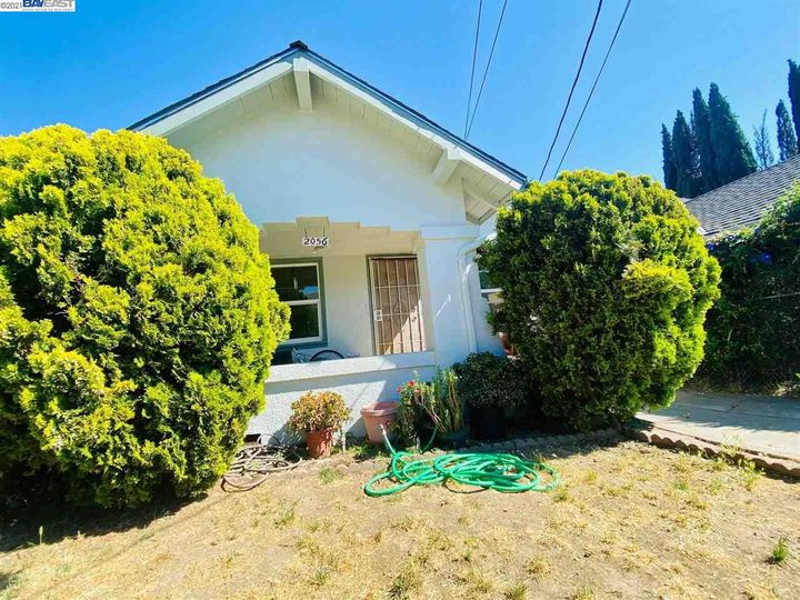 2056 40th Ave Oakland CA Home. Photo 5 of 19