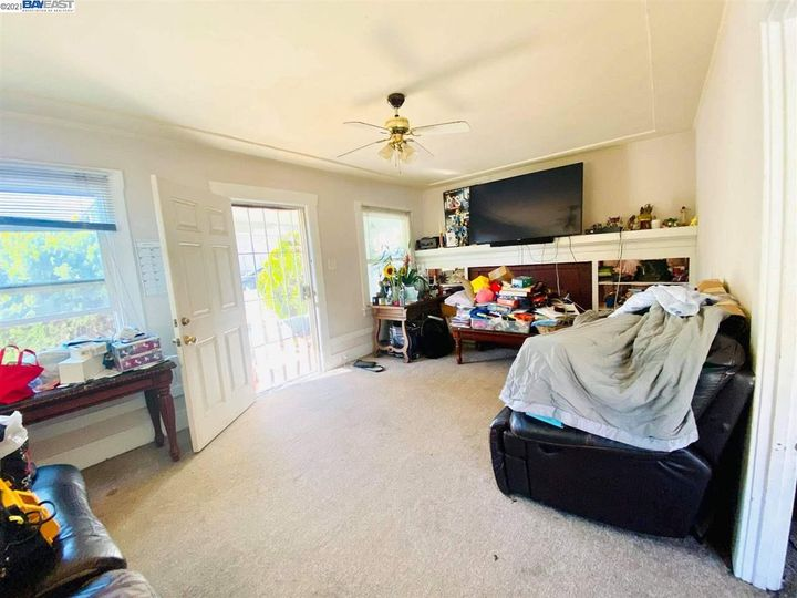 2056 40th Ave Oakland CA Home. Photo 7 of 19