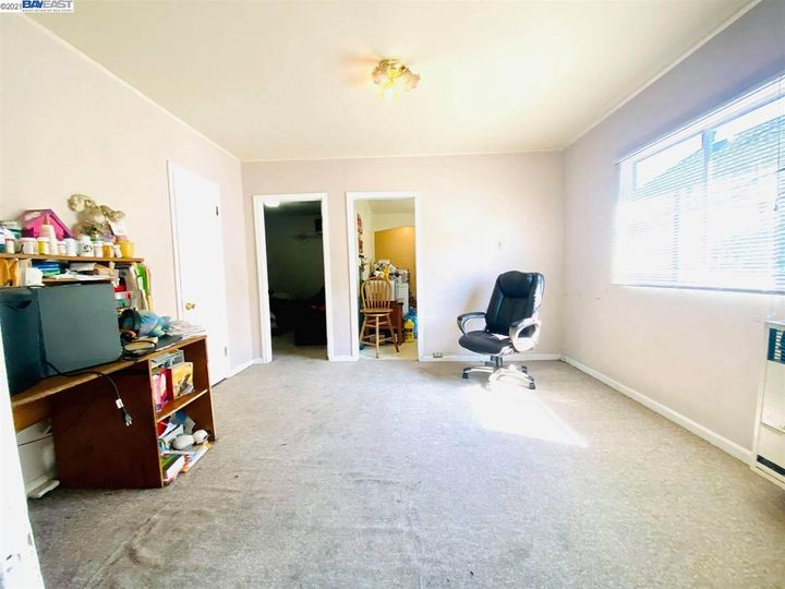 2056 40th Ave Oakland CA Home. Photo 9 of 19