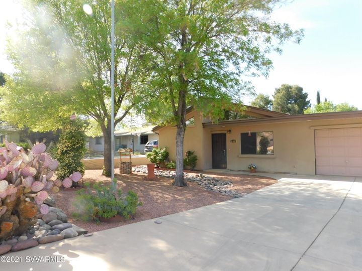 2182 S Eastern Dr Cottonwood AZ Home. Photo 2 of 22