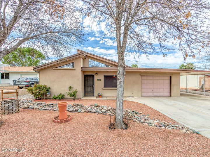 2182 S Eastern Dr Cottonwood AZ Home. Photo 4 of 22