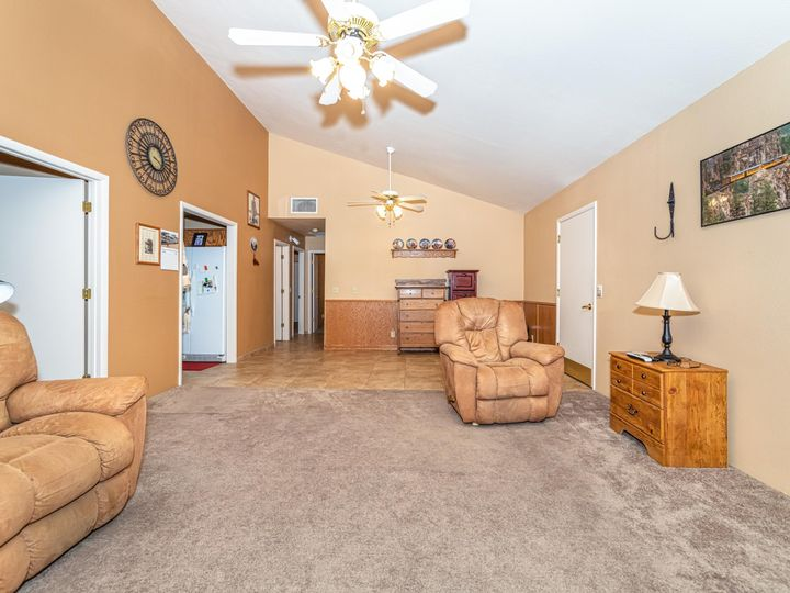 2182 S Eastern Dr Cottonwood AZ Home. Photo 8 of 22
