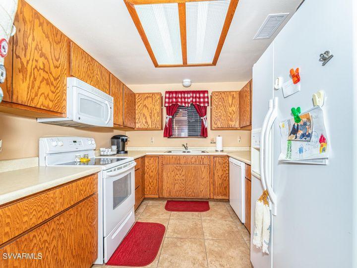 2182 S Eastern Dr Cottonwood AZ Home. Photo 10 of 22