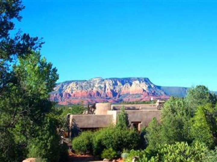 22 E Mccullough Dr Sedona AZ Home. Photo 1 of 16