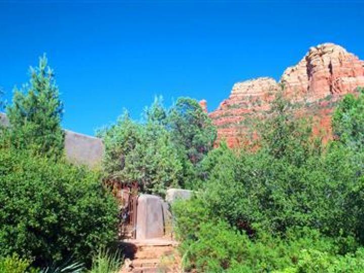 22 E Mccullough Dr Sedona AZ Home. Photo 2 of 16