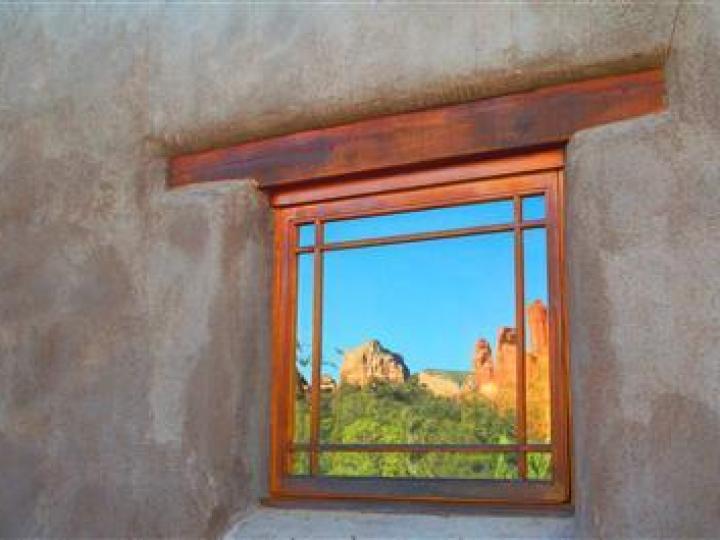 22 E Mccullough Dr Sedona AZ Home. Photo 12 of 16