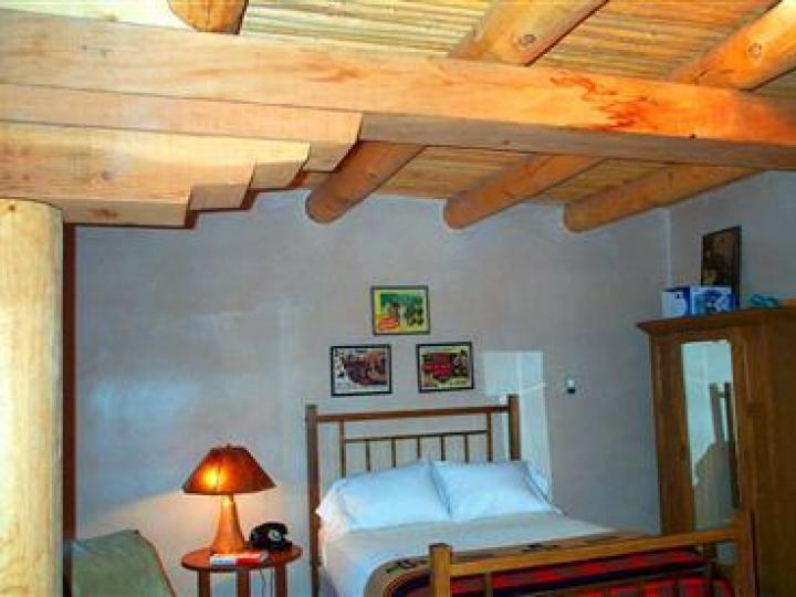 22 E Mccullough Dr Sedona AZ Home. Photo 14 of 16