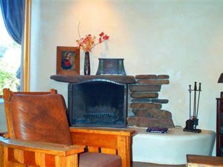 22 E Mccullough Dr Sedona AZ Home. Photo 15 of 16