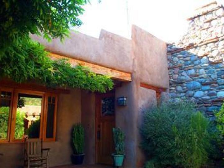 22 E Mccullough Dr Sedona AZ Home. Photo 4 of 16