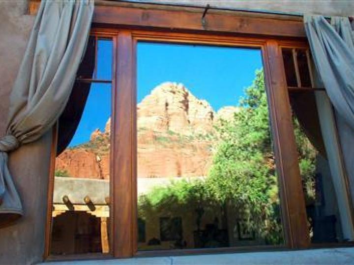 22 E Mccullough Dr Sedona AZ Home. Photo 6 of 16