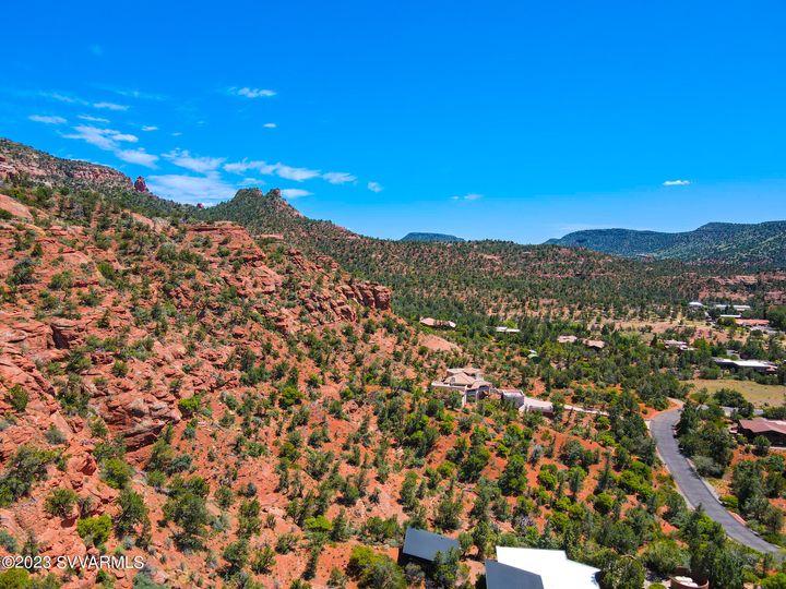 235 N Highland Dr Sedona AZ Home. Photo 10 of 13