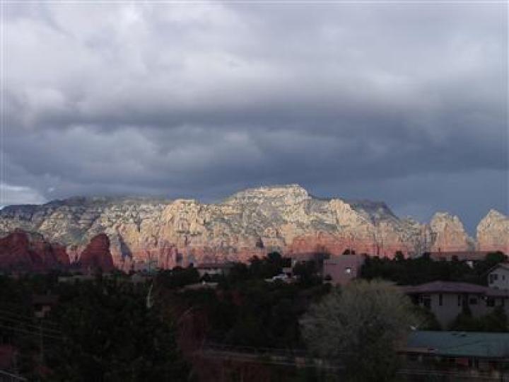 240 Mountain Shadows Dr Sedona AZ Home. Photo 5 of 10
