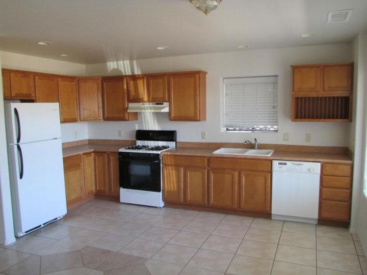 Rental 2450 S Mountain View Dr, Cottonwood, AZ, 86326. Photo 4 of 17