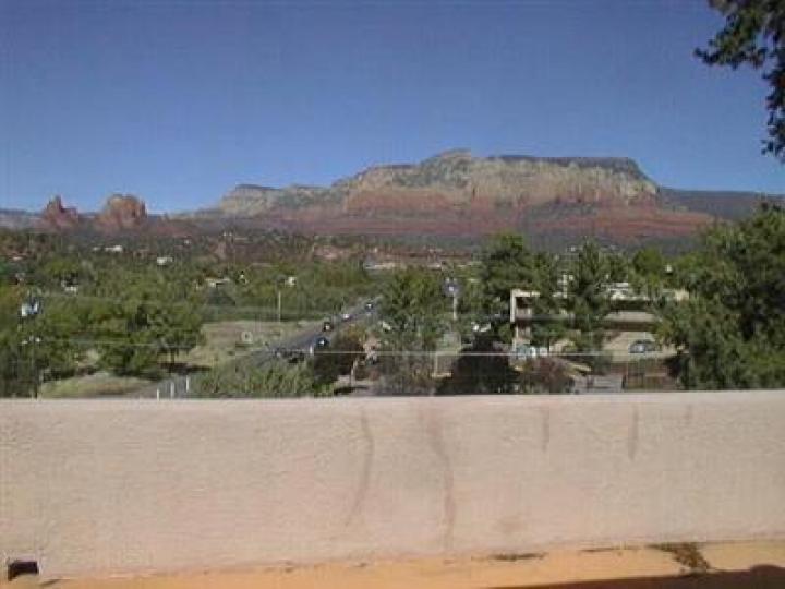 25 Canyon Dr Sedona AZ Home. Photo 4 of 5