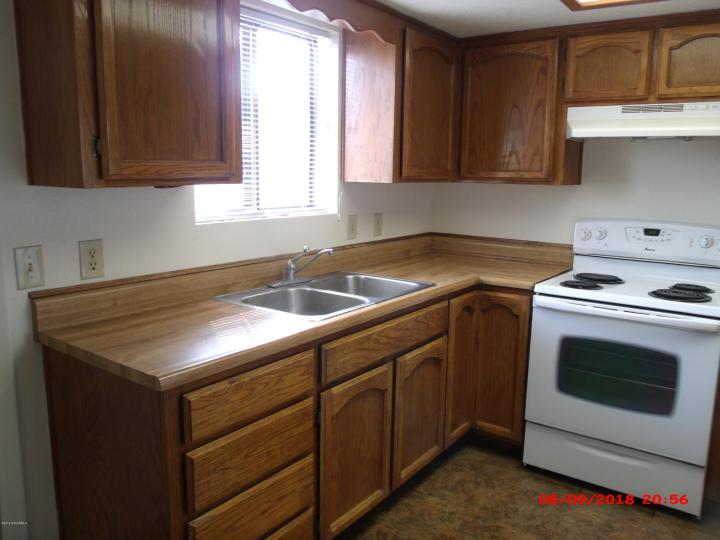 2586 Quirt Cir Cottonwood AZ Home. Photo 6 of 15