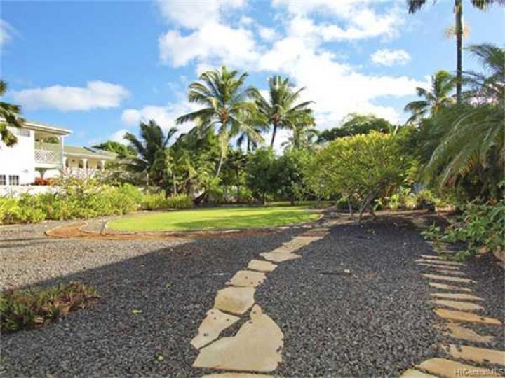 316 Portlock Rd Honolulu HI. Photo 1 of 10